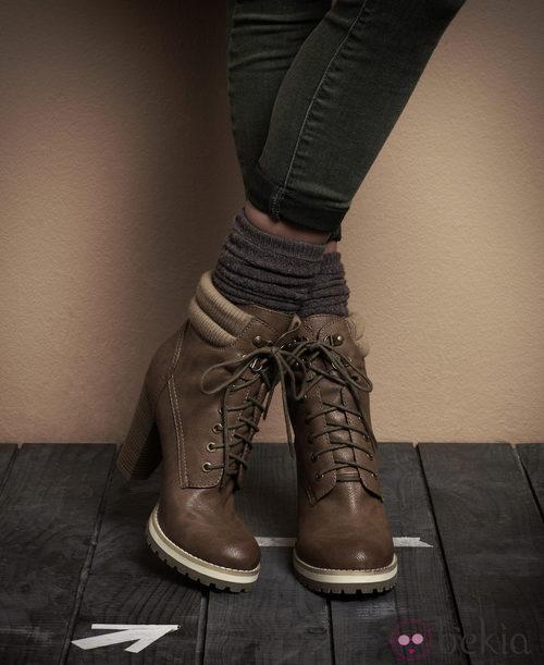 Botas de tacón y cordones de la segunda colección de Suiteblanco otoño/invierno 2012/2013