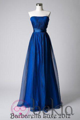 Vestido en color azul klein con escote palabra de honor de la colección de vestidos de Barbarella