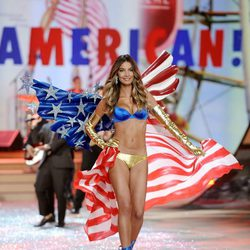 Lily Aldridge en el Fashion Show 2012 de Victoria's Secret