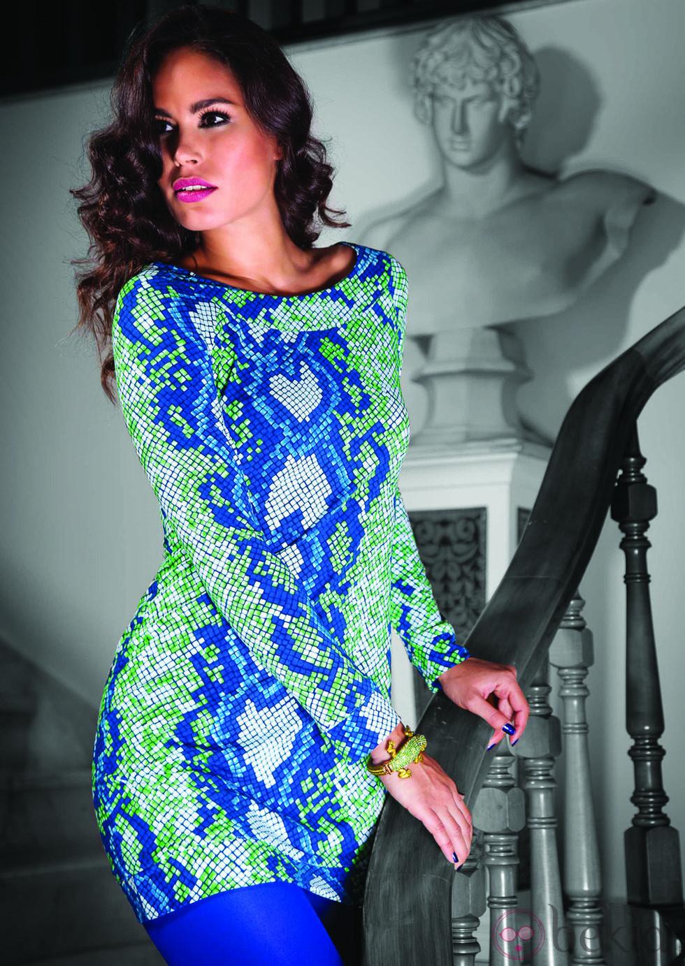 Vestido con pint de serpiente en tonos azul y verde de Barbarella otoño/invierno 2012/2013