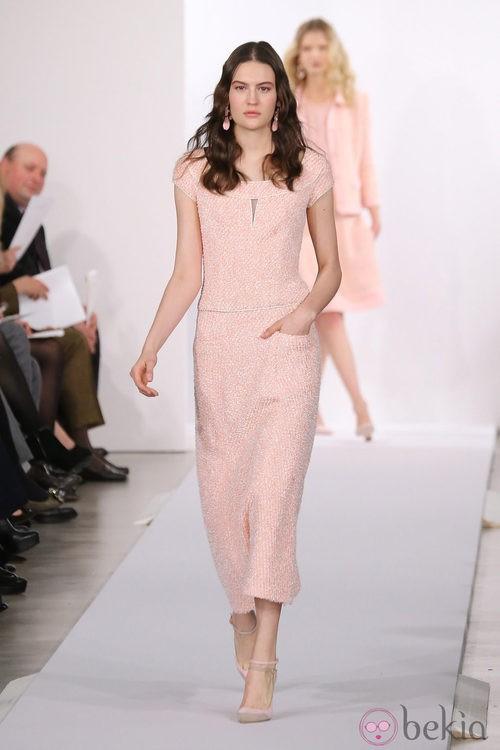 Vestido rosa palo de la colección pre-fall 2013 de Oscar de la Renta