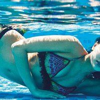 Irina Shayk posa bajo el agua con la colección 2013 de Agua Bendita