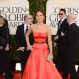 Jennifer Lawrence con un vestido de Dior en los Globos de Oro 2013