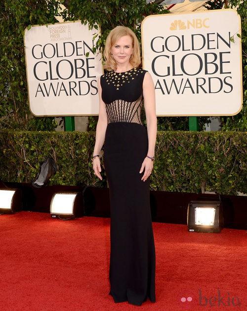 Nicole Kidman con un vestido de Alexander McQueen en los Globos de Oro 2013