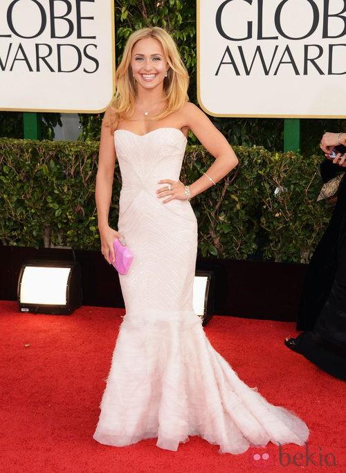 Hayden Panettiere con un vestido de Roberto Cavalli en los Globos de Oro 2013