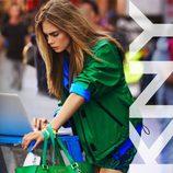 DKNY presenta su colección primavera 2013 de la mano de Cara Delevingne