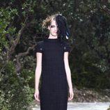 Vestido negro de lana de la colección primavera/verano 2013 de Chanel en la Semana de la Alta Costura de París