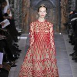 Vestido que abre la colección primavera/verano 2013 de Valentino en la Semana de la Alta Costura de París