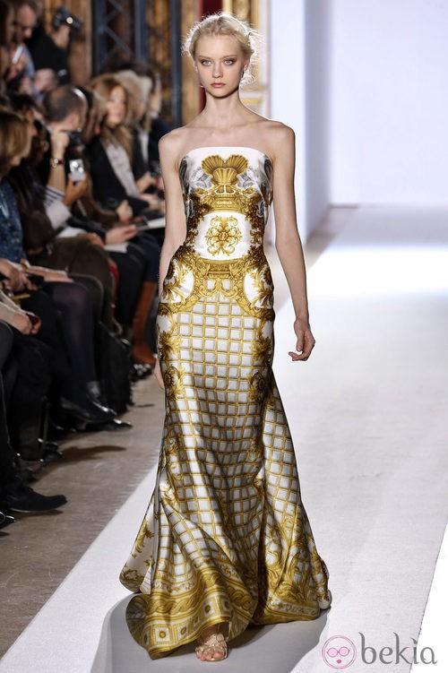 Vestido estampado de la colección primavera/verano 2013 de Zuhair Murad en la Semana de la Alta Costura de París