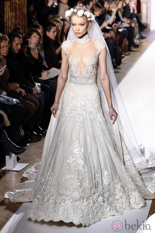 Vestido de novia de la colección primavera/verano 2013 de Zuhair Murad en la Semana de la Alta Costura de París