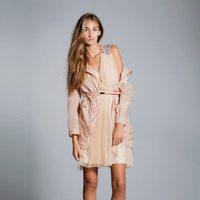 Vestido en color nude de la colección primavera/verano 2013 de Hoss Intropia