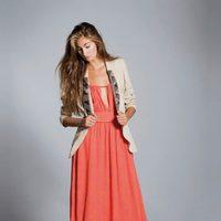 Vestido largo en color coral de la colección primavera/verano 2013 de Hoss Intropia