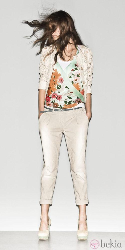 Camiseta de estampado floral de la colección primavera/verano 2013 de Sisley