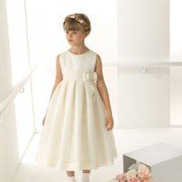 Vestido de arras en seda esterilla de la colección 'Rosa Clará First'