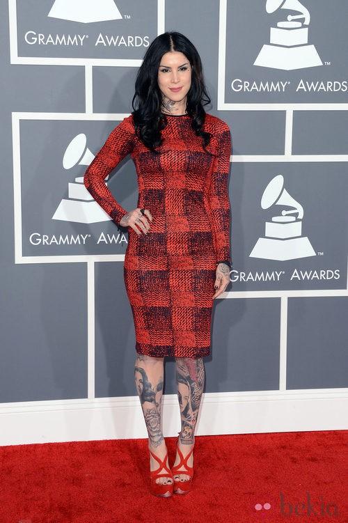 Kat Von D con un vestido de Derek Lam en los Grammy 2013