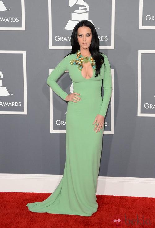 Katy Perry con un vestido de Gucci en los Grammy 2013