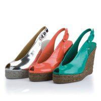 Sandalias de cuña de la colección primavera/verano 2013 de Castañer