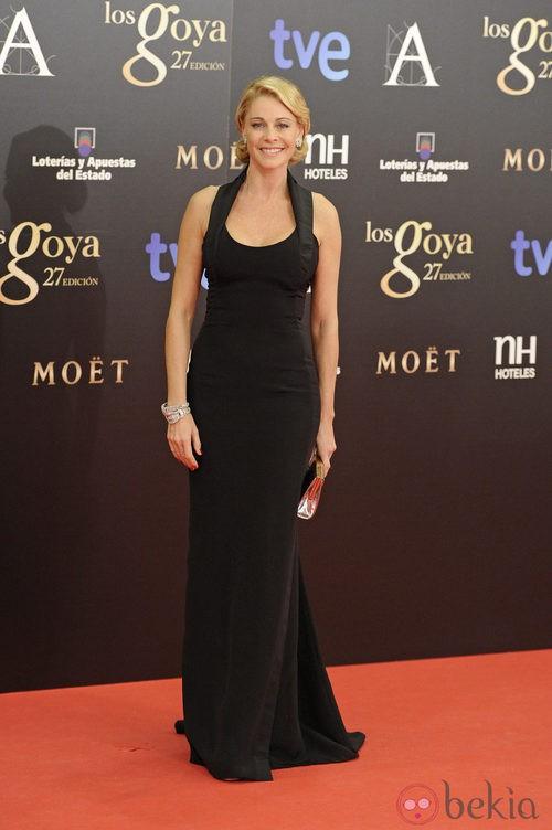 Belén Rueda con un vestido negro de Carolina Herrera en los Goya 2013