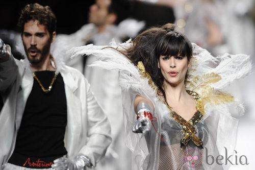 Actuación musical en la colección otoño/invierno 2013/2014 de Francis Montesinos en Madrid Fashion Week