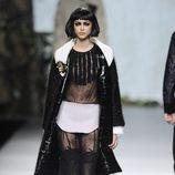 Look gótico en la colección otoño/invierno 2013/2014 de Francis Montesinos en la Madrid Fashion Week