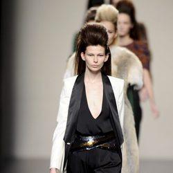 Carrusel final del desfile de Miguel Palacio en la Madrid Fashion Week otoño/invierno 2013/2014