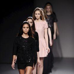 Carrusel final del desfile de Teresa Helbig en la Madrid Fashion Week otoño/invierno 2013/2014