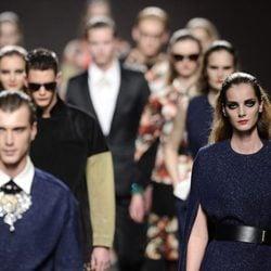 Carrusel final del desfile de Ana Locking en Madrid Fashion Week otoño/invierno 2013/2014