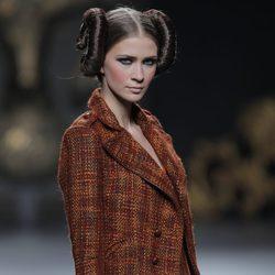Chaqueta de la colección otoño/invierno 2013/2014 de Maya Hansen en Madrid Fashion Week