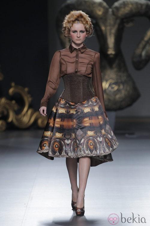 Falda de la colección otoño/invierno 2013/2014 de Maya Hansen en Madrid Fashion Week