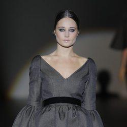 Vestido de la colección otoño/invierno 2013/2014 de Juana Martín en Madrid Fashion Week