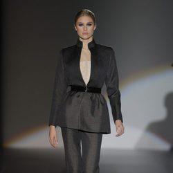 Traje de la colección otoño/invierno 2013/2014 de Juana Martín en Madrid Fashion Week
