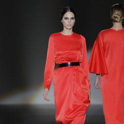 Vestido largo de la colección otoño/invierno 2013/2014 de Juana Martín en Madrid Fashion Week