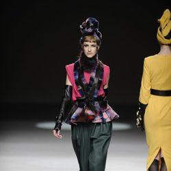 Peplum de la colección otoño/invierno 2013/2014 de María Barros en Madrid Fashion Week