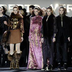 Carrusel final de la colección otoño/invierno 2013/2014 de Roberto Verino en Madrid Fashion Week