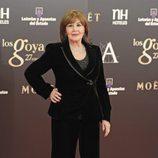 Concha Velasco vestida de Armani y con joyas de Carrera y Carrera en los Goya 2013