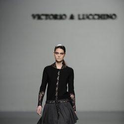 Vestido con falda de vuelo de la colección otoño/invierno 2013/2014 de Victorio y Lucchino en Madrid Fashion Week