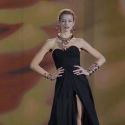 Pulseras y collar de serpiente de la colección otoño/invierno 2013/2014 de Aristocrazy en Madrid Fashion Week