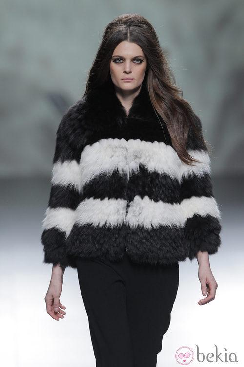 Abrigo de piel de la colección otoño/invierno 2013/2014 de Devota & Lomba en Madrid Fashion Week