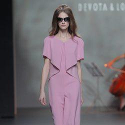 Vestido color malva de la colección otoño/invierno 2013/2014 de Devota & Lomba en Madrid Fashion Week