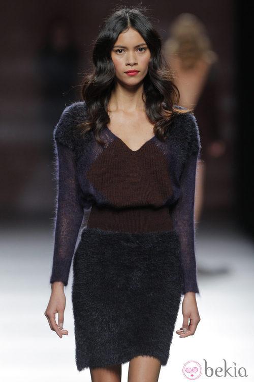 Vestido tricolor de la colección otoño/invierno 2013/2014 de Sita Murt en Madrid Fashion Week