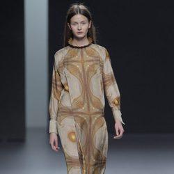 Vestido estampado de la colección otoño/invierno 2013/2014 de Martín Lamothe en Madrid Fashion Week