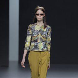 Pantalón de pata elefante de la colección otoño/invierno 2013/2014 de Martín Lamothe en Madrid Fashion Week