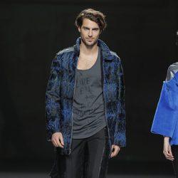 Look masculino de la colección otoño/invierno 2013/2014 de Jesús Lorenzo en Madrid Fashion Week