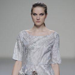 Vestido estampado de la colección otoño/invierno 2013/2014 de Våldnad en Madrid Fashion Week