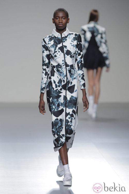 Vestido con cremallera de la colección otoño/invierno 2013/2014 de Pepa Salazar en Madrid Fashion Week