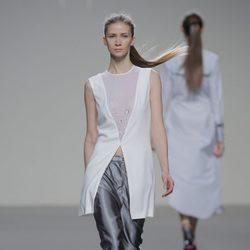 Pantalones de talle alto de la colección otoño/invierno 2013/2014 de POL en Madrid Fashion Week