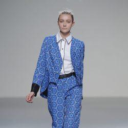 Traje de estampados geométricos de la colección otoño/invierno 2013/2014 de POL en Madrid Fashion Week