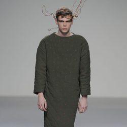 Túnica verde de la colección otoño/invierno 2013/2014 de HOWL by Maria Glück en El Ego de Madrid Fashion Week