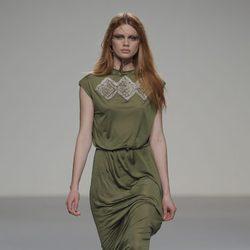 Vestido verde de la colección otoño/invierno 2013/2014 de HOWL by Maria Glück en El Ego de Madrid Fashion Week