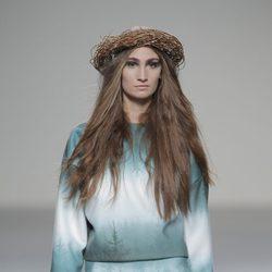 Vestido con degradado azul de la colección otoño/invierno 2013/2014 de HOWL by Maria Glück en El Ego de Madrid Fashion Week